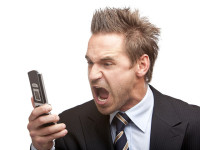Aussies living in fear of large phone bills