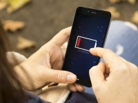 Aussies Want Better Mobile Batteries